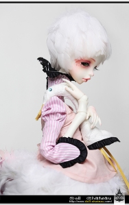 Doll Chateau Queena