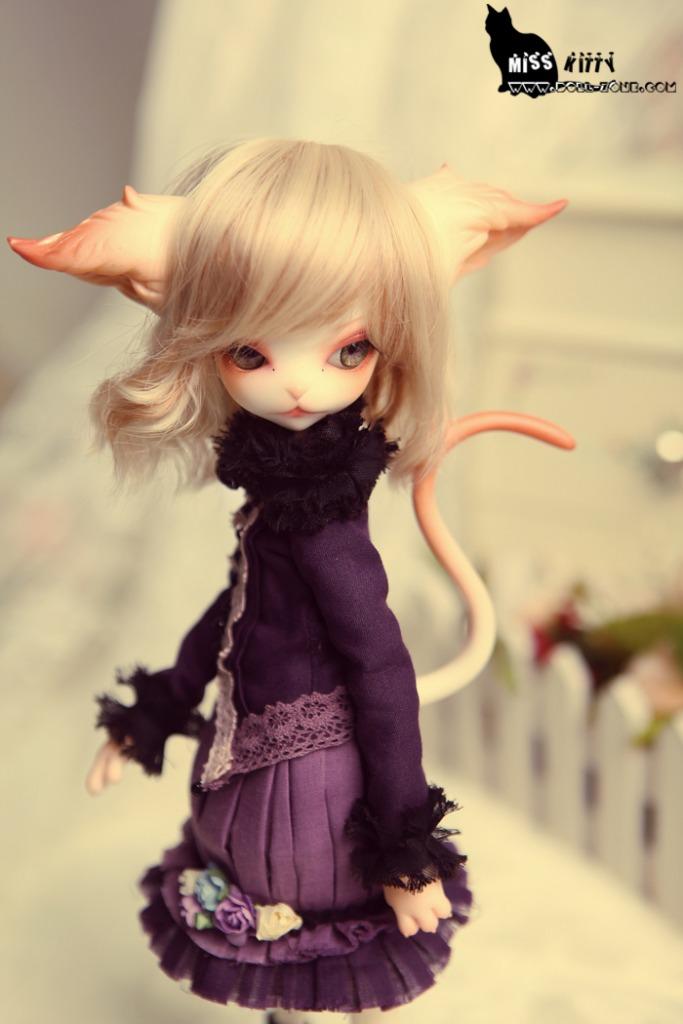 Dollzone Miss Kitty